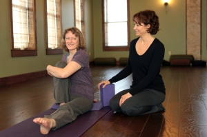 Jane Wengert works with Stephana Scholzen of Vesper, photo by Laura Hiller and the Marshfield News-Herald